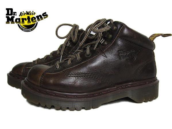 【中古】 イングランド製 ドクターマーチン Dr.Martens 茶 レザー ブーツ 本革 UK6 レディース向き 24.5cm イギリス ユーズド 靴 古着