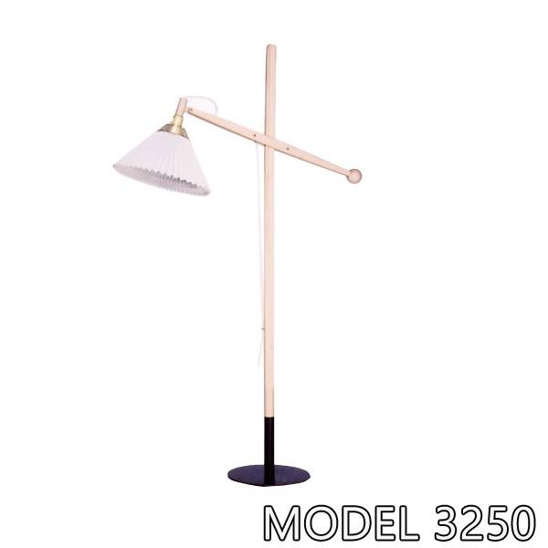【照明 フロアランプ】LE KLINT レ・クリント MODEL 325O 北欧 ノルディックデザイン デンマーク ハンドクラフト モダン 高級