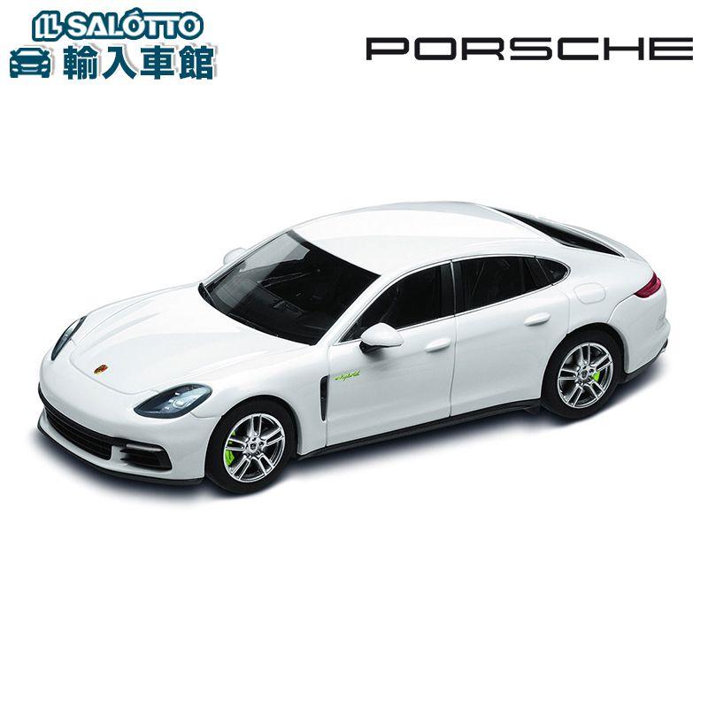 【 ポルシェ 純正 クーポン対象 】 モデルカー パナメーラ4 E-ハイブリッド キャララホワイト スケール 1:43 PANAMERA HYBRIDMinichamps社又はSPARK社製 ミニカー トイカー Porsche Design