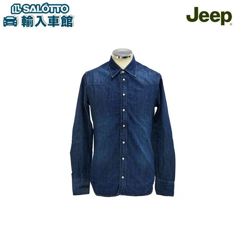 【 JEEP 純正 値引クーポン対象 】 デニムシャツ サイズ:M/L ジープ コレクション デニム 右袖にはJeep®ロゴ 首の後ろにはセブンスロットの黒刺繍 首元以外のボタンはスナップボタンを採用しカジュアルでシックな仕上がり
