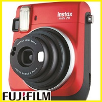 【送料無料】フジフイルム FUJIFILM インスタントカメラ チェキ インスタックスミニ70N instax mini 70N レッド【***特別価格***】