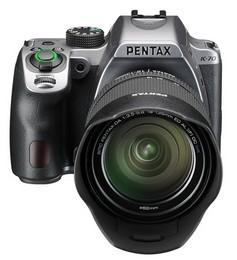 【送料無料】PENTAX・ペンタックス デジタル一眼レフカメラ K-70 18-135WR キット シルバー【***特別価格***】