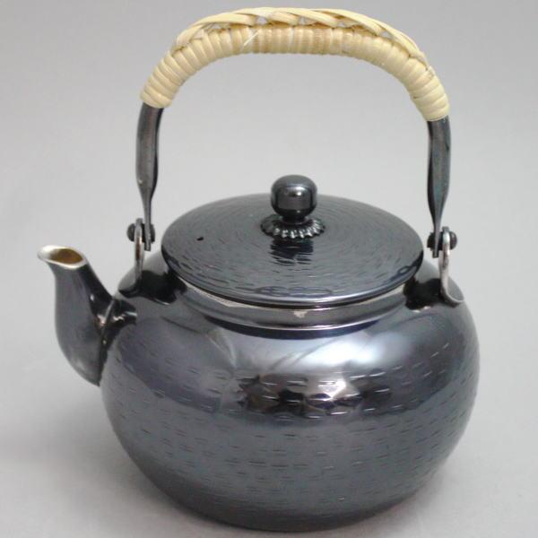 【煎茶道具 煎瓶(洗瓶・水注・銀瓶)】 銀燻 湯沸し 約500ml (大のボーフラの大きさ)
