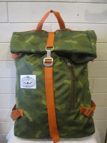 正規品。【送料無料】 POLER ポーラ ROLLTOP カバン 鞄 通学 通勤