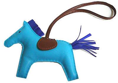 【キャッシュレス5%還元対象】エルメス ロデオ 「GRIGRI RODEO」 馬 革 チャーム MM ブルーアズティック×ブルーエレクトリック