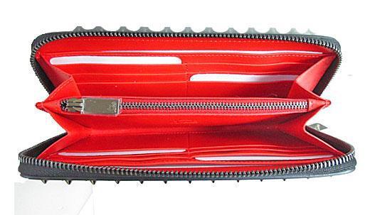 ≪新品≫Christian Louboutin クリスチャン ルブタン スパイク ラウンドファスナー長財布 黒 ×ガンメタ ブラック 箱のラッピング