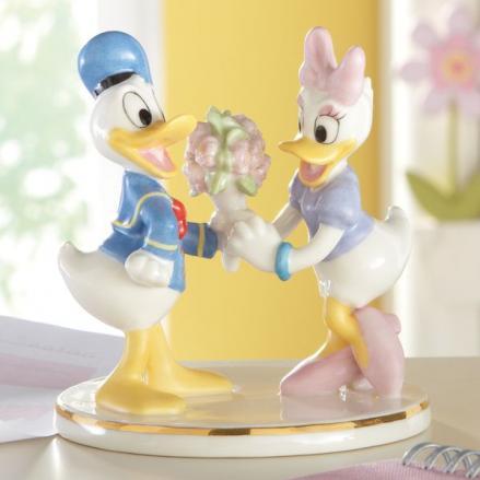 レノックス ドナルドがデイジーに花束を ずっと一緒 LENOX Disney Donald & Daisy Together Forever ディズニー ドナルドダック デイジーダック 【ポイント最大43倍!お買物マラソン】
