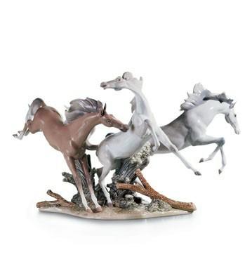 リヤドロ 自由 馬 BORN FREE 01001420 LLADRO 日本未発売 【ポイント最大43倍!お買物マラソン】