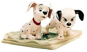 【ポイント最大43倍!お買い物マラソン セール】WDCC 101匹わんちゃん 新聞の上の2匹の子犬 453054340 101 Dalmatian Two Puppies On Newspaper
