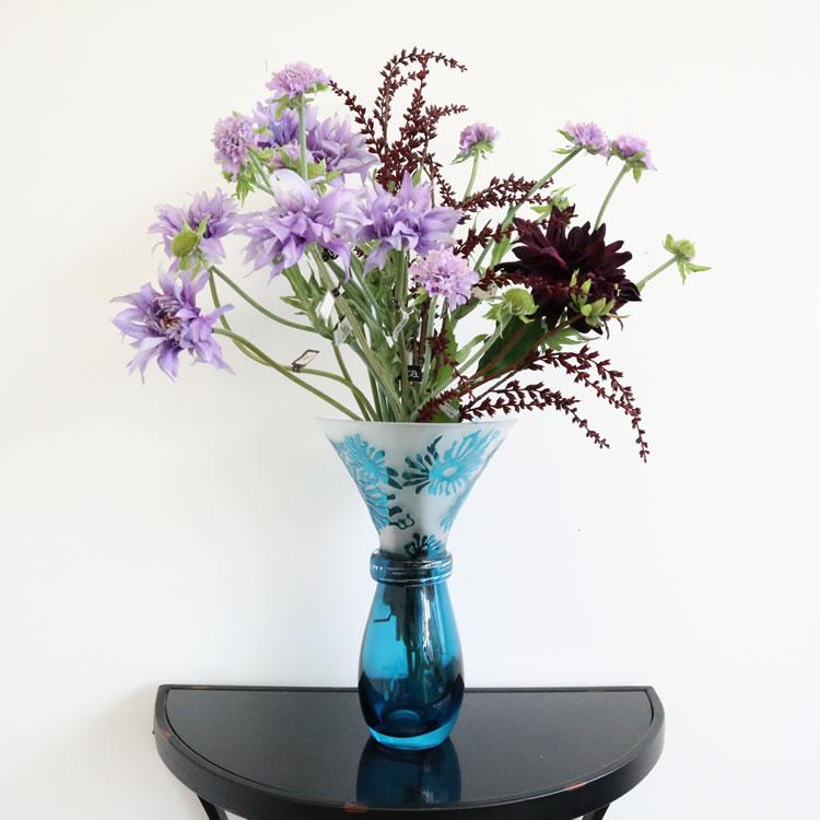 花瓶 おしゃれ フラワーベース ガラス ブルー 花器 上品ヨーロピアン オブジェ おすすめ インテリア 置物 かわいい玄関 丸 個性的 青