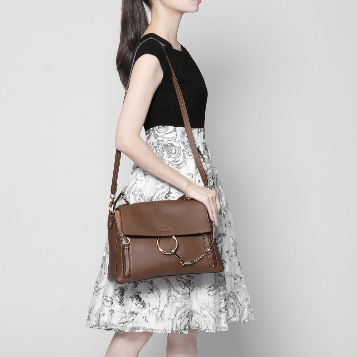 4b41981b10 Kuroe CHLOE bag lady C17WS321 HGJ 25M shoulder handbag medium FAYE DAY Fay  D TAN Brown belonging to
