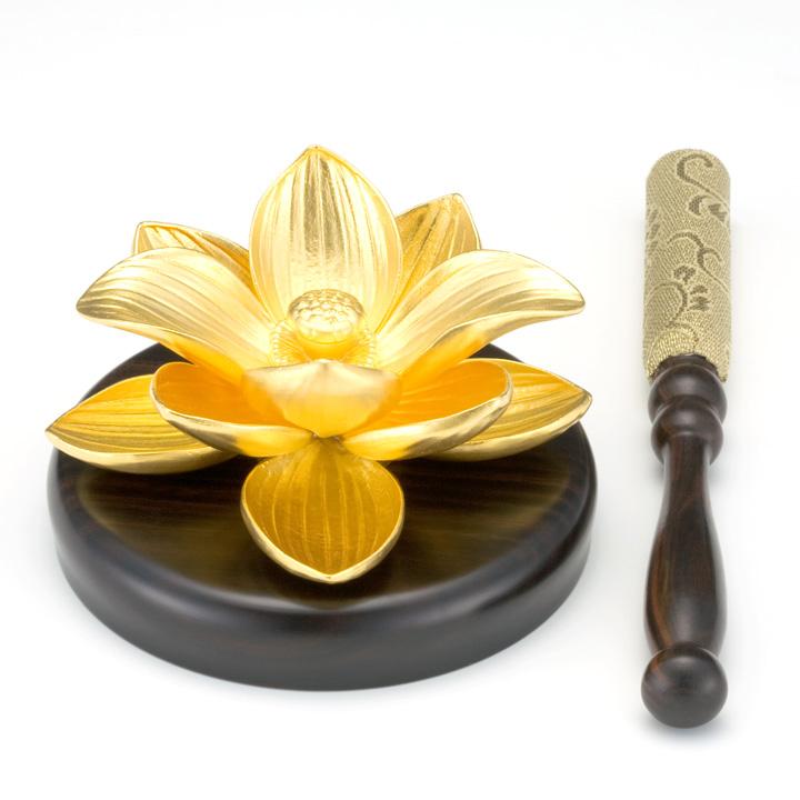金 りん棒置き 蓮の花 純金 24金 仏具 品質保証 送料無料 24K