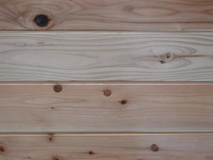 杉(すぎ)外壁用無垢羽目板節あり 無塗装長さ1820×厚15×巾150ミリ 12枚入