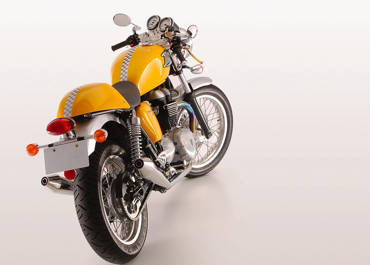 【Triumph(トライアンフ)】THRUXTON スラクストン用メガホンスリップオンマフラー(スリップオン) SMS