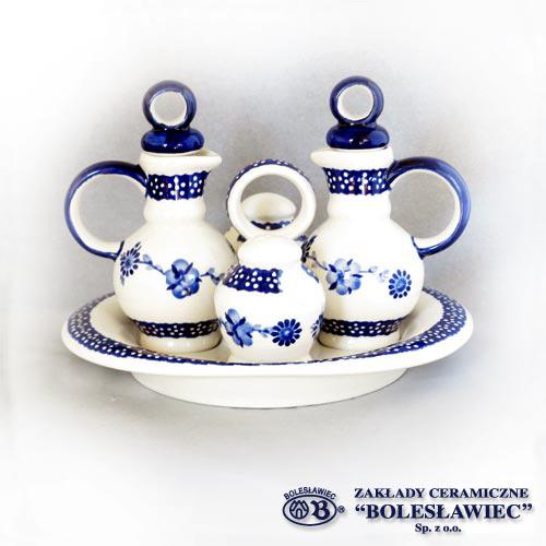 [Zaklady Ceramiczne Boleslawiec/ザクワディ ボレスワヴィエツ陶器]カスターセット(調味料入れ5点セット)-273 [醤油差し、お酢差し、塩入れ、胡椒入れ、トレイ]