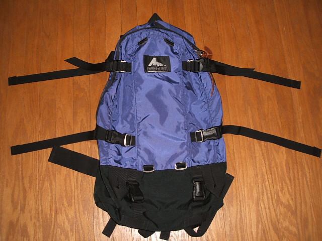 GREGORY(葛利高理)Day&Half Pack(日&一半包)Ultra Violet(超紫色)MADE IN USA(美国制造)