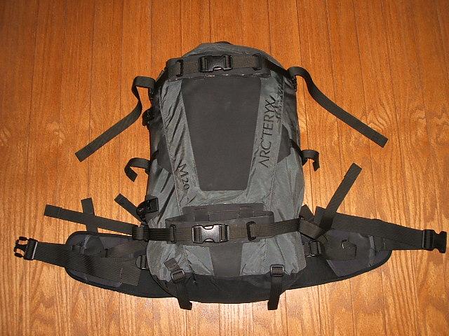 弧 ' TERYX 背包 M20 取得在加拿大