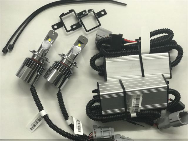 【送料無料】【VW POLO(6C)専用LEDヘッドライト6500K】 LHS11