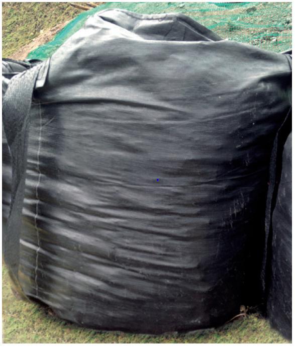 コンテナバッグ 1000kg用 Φ1100×H1100+投入口H750 ベルト耐荷重1t 黒 フレコンバック フレコンバッグ 毎日続々入荷 1t 10枚 業務用 土のう袋 土嚢袋 uv 作業現場 トンパック 現場 安売り 工事現場 建築現場 建築 バック トン袋 作業 袋 バッグ フレコン
