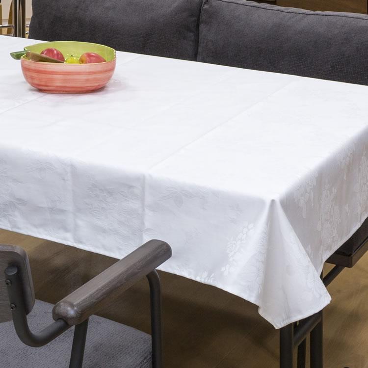 白地にバラの刺繍が施されています ビニールカバー付きで汚れてもすぐふきとれます 綿紋織 送料無料新品 テーブルクロス 最新アイテム 6尺用 120cm×210cm 日本製 送料無料 ビニールカバー付