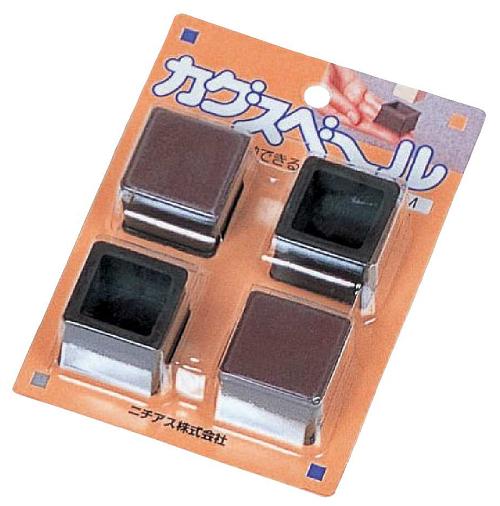 家具をらくらく移動 カグスベール 正規取扱店 出色 角キャップM内径:25角-28角mm1セット4個入り 家具を手軽に動かせる 防音 掃除や模様替えに 日本製 家具スベール