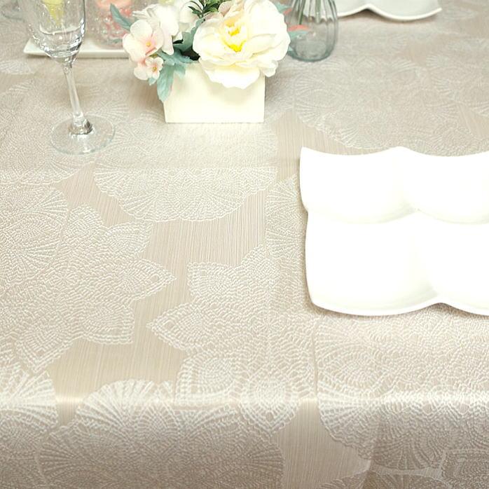 撥水加工 テーブルクロス ジャガード セツゲツカ130×230cm 立体的な織柄が美しいテーブルクロス生地はトルコ製で加工 縫製は日本 国産雪月花