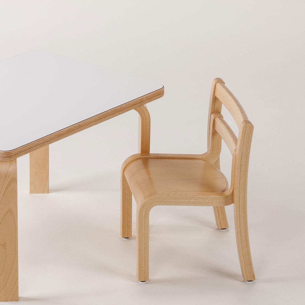 【6/1限定全品5%OFFクーポン配布中♪】佐々木敏光 デザイン Piccola ピッコラ チェア PC-01 デザイナー 日本製 キッズチェア 椅子 ローチェア【代引き不可】