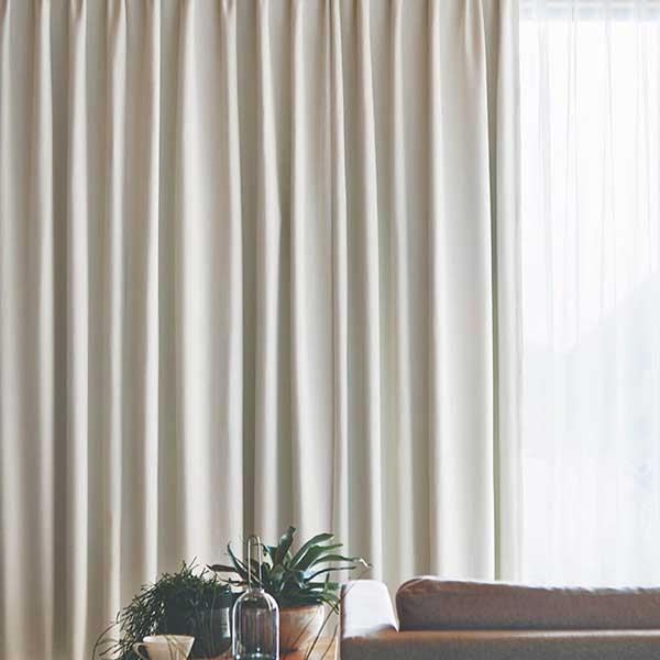 トレンドの木質空間にフォーカスし より個性的でクリエイティブ な素材を提案します カーテン シェード 流行 約2倍ヒダ 新作 大人気 川島織物セルコン ソフトウェーブ縫製 FT6576~6577 遮光