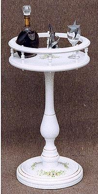 【送料無料】 サイドテーブル コモ お姫様家具 白家具 クラック塗装 関西 大阪 難波