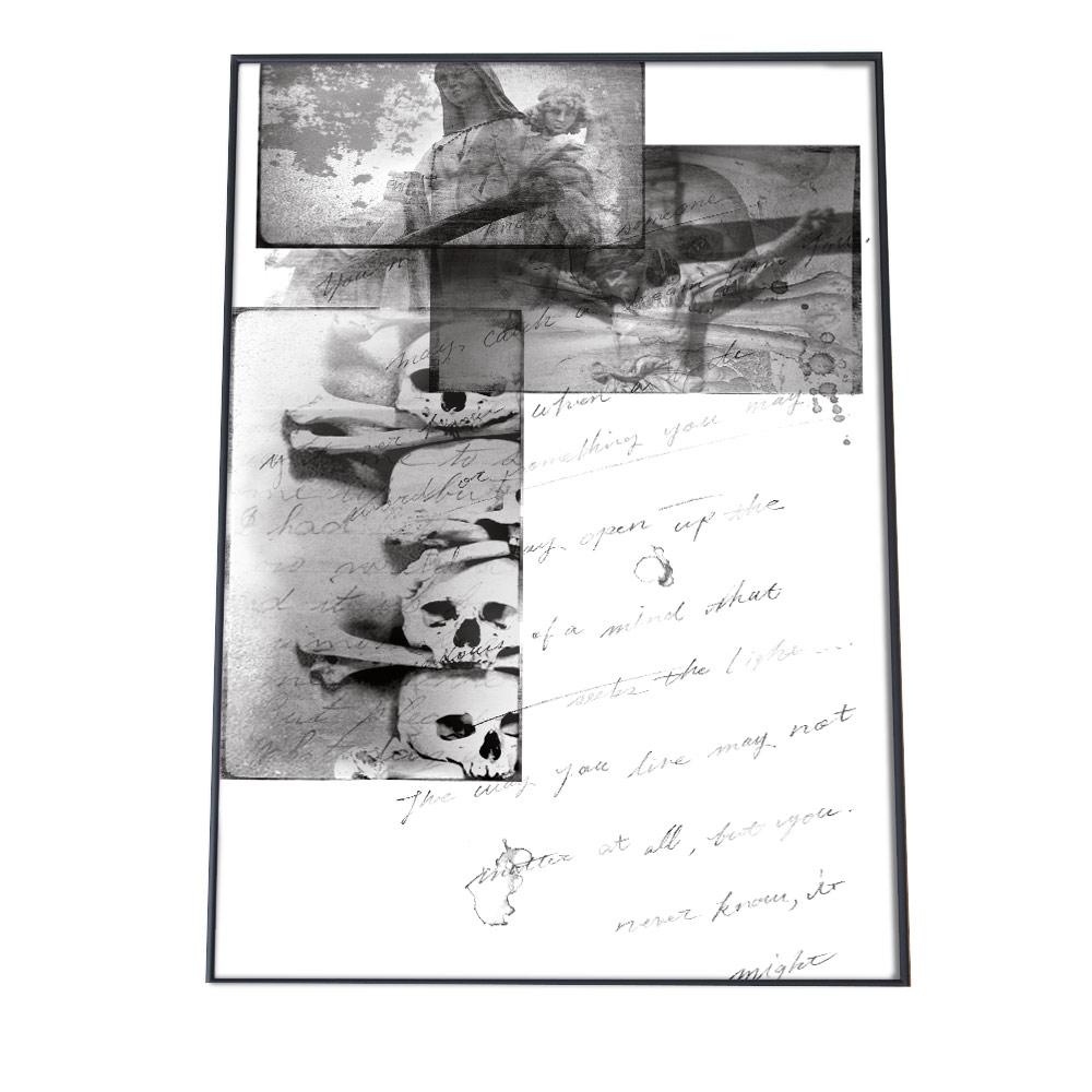 こちらのポスターはA2サイズです ポスター A2サイズ 約42x59cm 選べる用紙 大きさ インテリア オシャレ ファッション フォト おしゃれ キリスト 骸骨 筆記体 英語 商店 写真 ホワイト シンプル モノトーン ブラック 白黒 骨 教会 十字架 スカル ガイコツ 返品送料無料