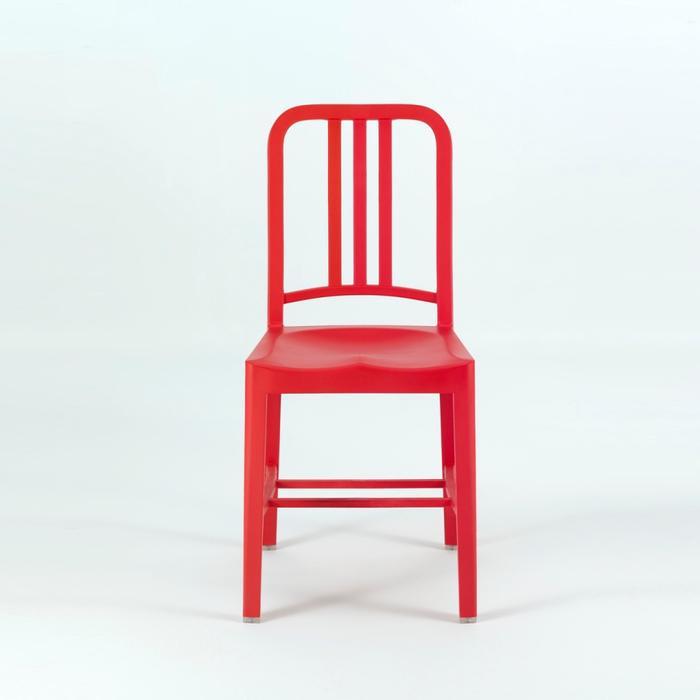 【送料無料!】EMECO / NAVY CHAIR No.111 / PET BOTTLE PLASTICエメコ / ネイビーチェア No.111 / ペット・ボトル・プラスチック色:RED / レッド【チェア 椅子 イス いす】【カラフル】