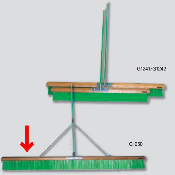 ニシスポーツ コートブラシ 補強ステイ付き ナイロン1800mm G1250 (W)1800×(L)1350×(T)120mm