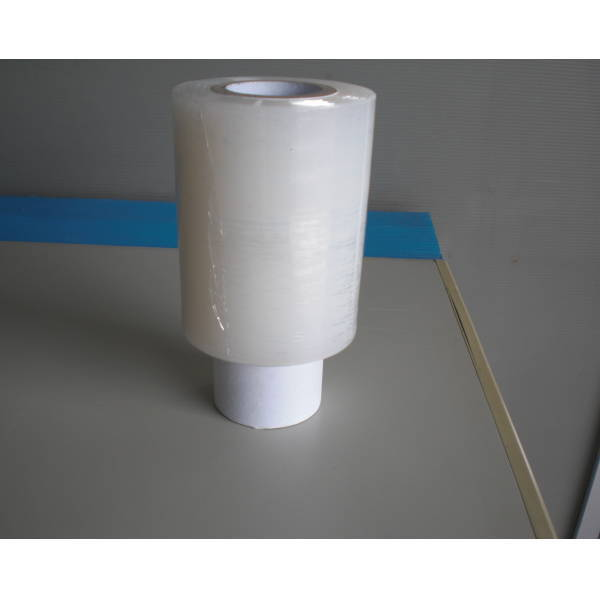梱包用 ミニストレッチフィルム 20ミクロン 100mm巾×150m巻 50巻(フォルダー1個付き)
