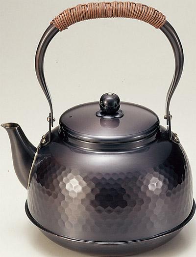 【純銅黒銅仕上げ】 鎚目湯沸かし2.3L BC-7 【送料無料 送料込み】
