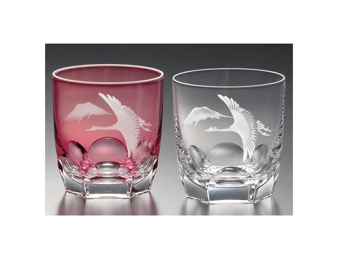 【カガミクリスタル】 【グラヴィール彫刻】 ペアロックグラス 赤・クリヤ〈鶴と富士山〉 270cc