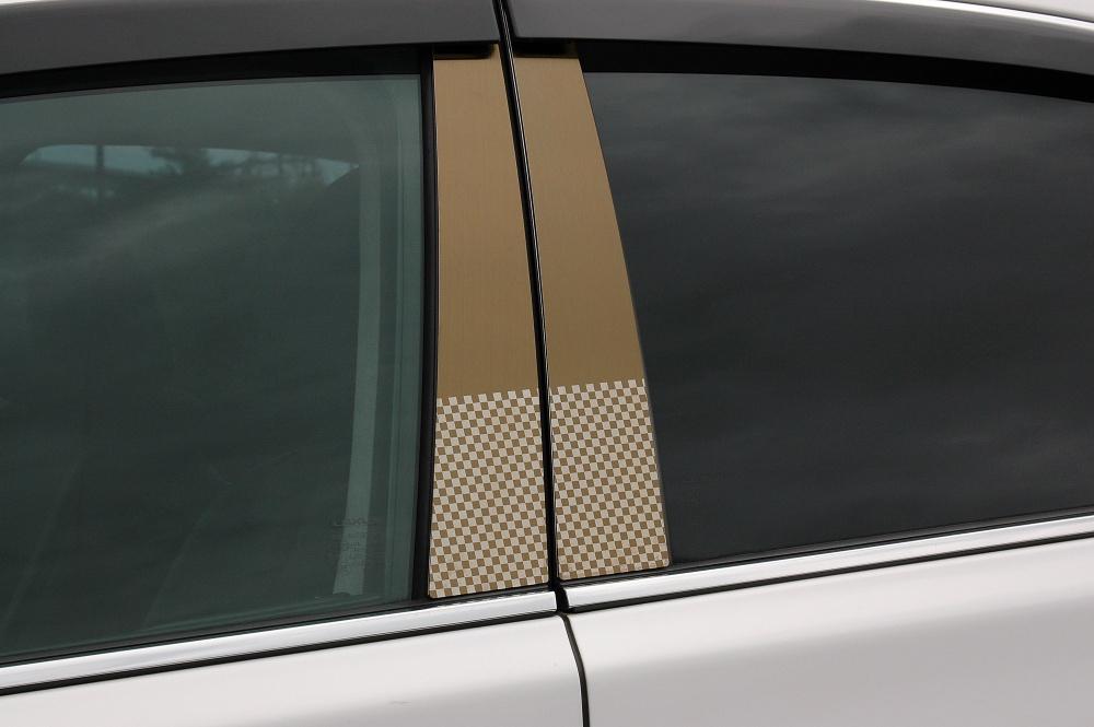 R34 スカイラインGTーR ステンレスピラー ファサネイトスタンダードタイプ(チェック柄シリーズ 市松模様風)ヘアラインゴールド/送料込み