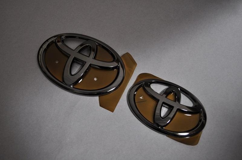 A200A/A210A RAIZE ライズ ブラックメッキエンブレム3点SET  純正/メッキ/カラーメッキ/セット/単品/車/車パーツ/カーパーツ/高品質/送料無料