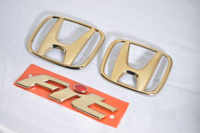 GD1フィット ゴールドエンブレム3点SET  純正/メッキ/カラーメッキ/セット/単品/車/車パーツ/カーパーツ/高品質/送料無料