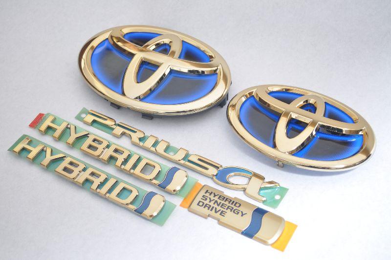 ZVW40系 プリウスα ゴールドエンブレム6点SET  純正/メッキ/カラーメッキ/セット/単品/車/車パーツ/カーパーツ/高品質/送料無料