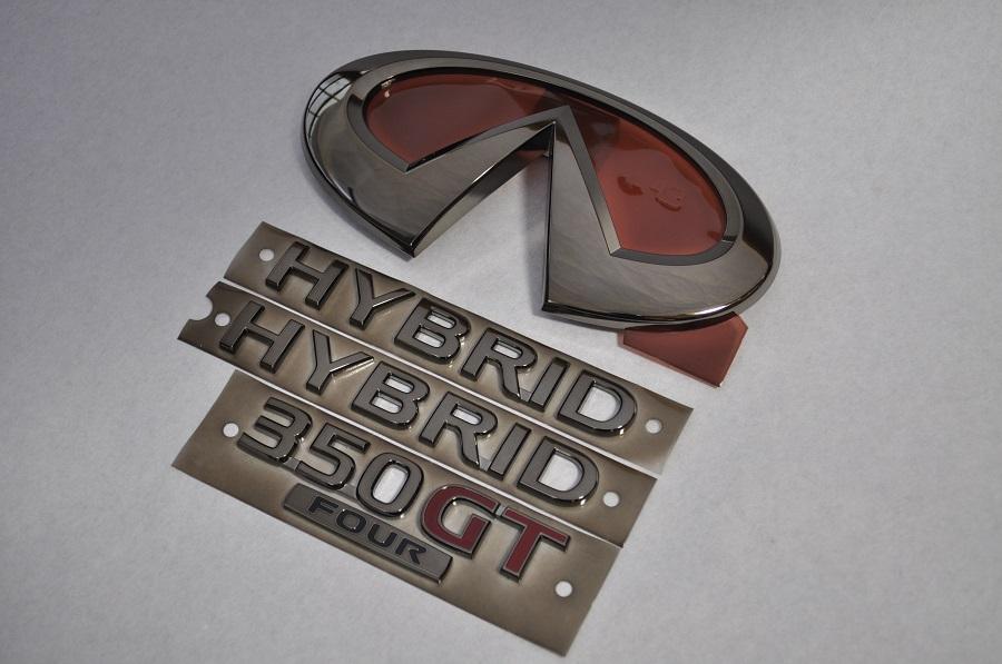 V37 スカイラインハイブリッド 4WD HNV37 ブラックメッキエンブレム4点SET  純正/メッキ/カラーメッキ/セット/単品/車/車パーツ/カーパーツ/高品質/送料無料