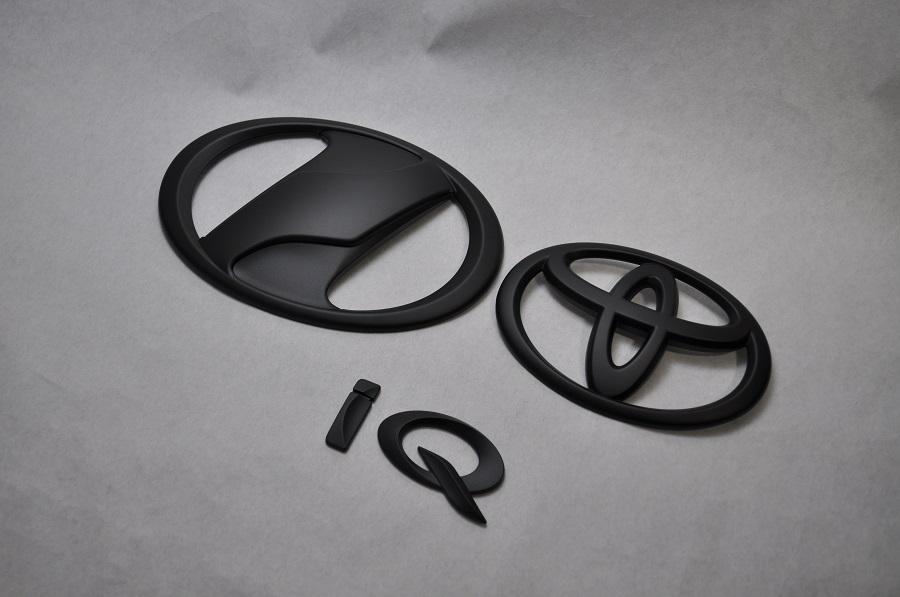 IQ マットブラックエンブレム(艶消し) 3点SET  純正/メッキ/艶消し/黒/セット/単品/車/車パーツ/カーパーツ/高品質/送料無料