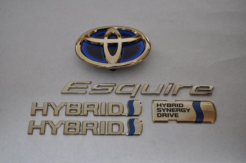 ZWR80 エスクァイアハイブリッド ゴールドエンブレムリア5点SET  純正/メッキ/カラーメッキ/セット/単品/車/車パーツ/カーパーツ/高品質/送料無料
