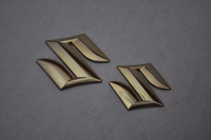 MK32 MK42 スペーシア ゴールドメッキエンブレムフロント/リアSマーク2点SET  純正/メッキ/カラーメッキ/セット/単品/車/車パーツ/カーパーツ/高品質/送料無料