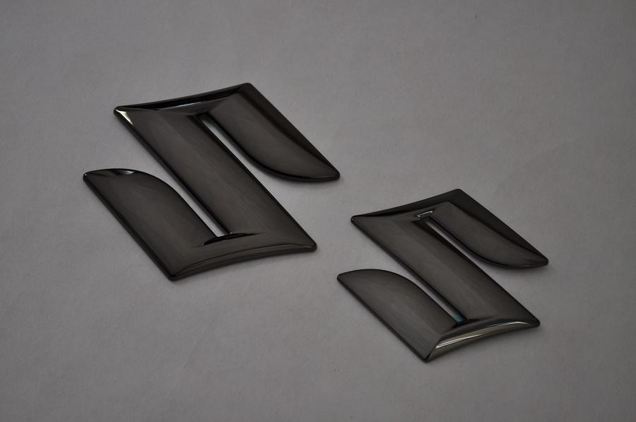 ZC72 ZC31 ZC32 ZC33 スイフト ブラックメッキエンブレムフロント/リアSマーク2点SET  純正/メッキ/カラーメッキ/セット/単品/車/車パーツ/カーパーツ/高品質/送料無料