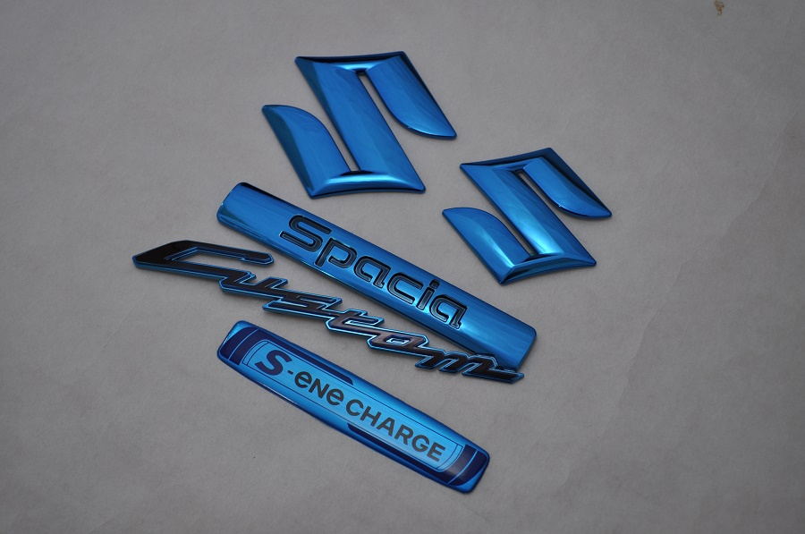 MK32 MK42 スペーシア ブルーメッキエンブレム4点SET  純正/メッキ/カラーメッキ/セット/単品/車/車パーツ/カーパーツ/高品質/送料無料