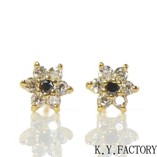 ホワイト×ブラックダイヤモンド ピアス K18イエローゴールド フラワーモチーフ (S)YK-BA091CI(9906) レディース ゴールド シンプル ギフト プレゼントK18 4月誕生石
