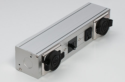 DNライティング BBS321MG 組込みコンセントボックス