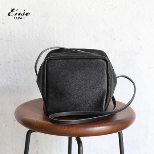 Ense(アンサ)cube pochette blackキューブポシェット ブラック 鹿革 ディアレザー D-610【送料無料】