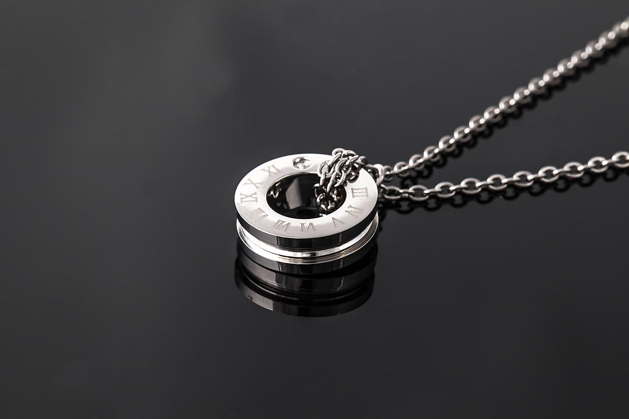 純チタン磁気ネックレス ピュアループ オズ リングタイプ プラチナ IP加工 磁気 ネックレス チタン磁気ネックレス 人気 肩こり ループ 純チタン 健康