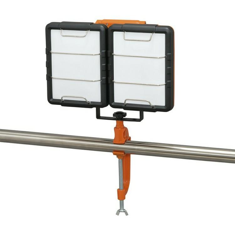 LEDクランプライト LWT-7500C-AJ 照明 LED LEDライト LED照明 ライト 明かり 投光器 作業灯 長寿命 省電力 作業用品 くらんぷ とうこうき LED投光器 投光器 作業灯 スタンドライト 屋内 アイリスオーヤマ